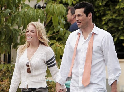 LeAnn Rimes and Eddie Cibrian. Photo: Coqueran/Fame Pictures