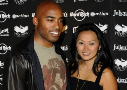 Cupid's Pulse Article: Tiki Barber's Divorce Settlement