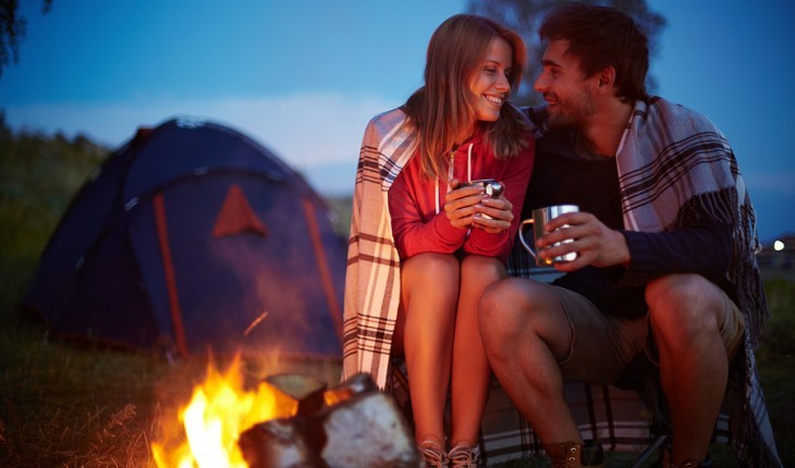 Cupid's Pulse Article: Date Idea: Ignite Sparks While Camping