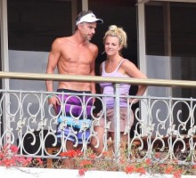 Britney Spears & Jason Trawick's Hawaiian Vacay