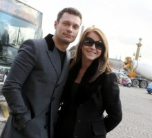 Ryan Seacrest and Julianne Hough's Romantic Paris Holiday