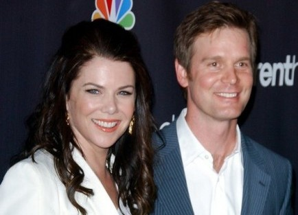 Cupid's Pulse Article: Lauren Graham and Peter Krause: Friends First