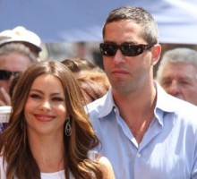 Modern Family's Sofia Vergara and Beau Step Out Post-Accident