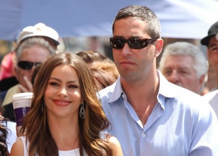 Cupid's Pulse Article: Sofia Vergara and Ex-Beau Nick Loeb Meet for Hot Chocolate