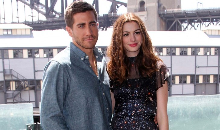 Cupid's Pulse Article: Anne Hathaway Fakes Jealousy at Jake Gyllenhaal and Taylor Swift Couple Talk