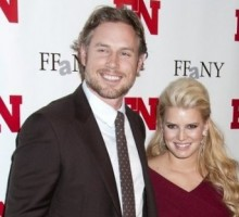 Jessica Simpson Talks Up Eric Johnson's 'Perfect Tush'