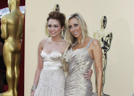 Cupid's Pulse Article: Miley Cyrus' Mom Tish Had Affair with Bret Michaels