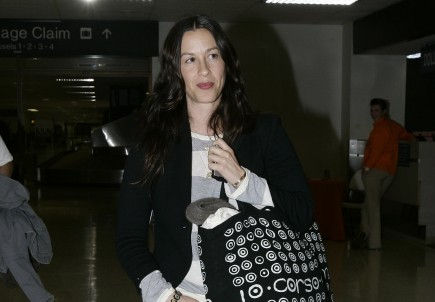 Cupid's Pulse Article: Alanis Morissette Has a Baby Boy