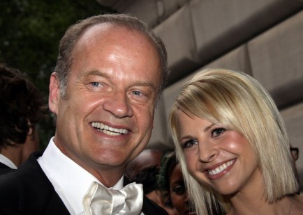 Cupid's Pulse Article: Kelsey Grammer Gets Tattoo of Wife's Name on his Waistline