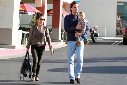 Cupid's Pulse Article: Kourtney Kardashian and Scott Disick Take a Family Vacation