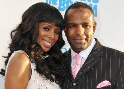 Cupid's Pulse Article: Tasha Smith Gets Married at Home