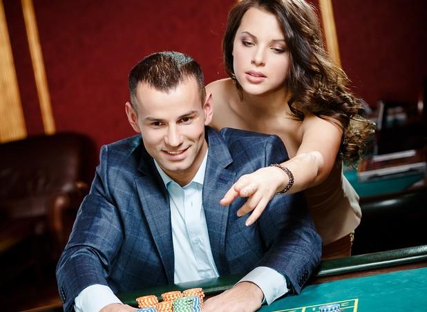 Cupid's Pulse Article: Date Idea: Gamble on Love