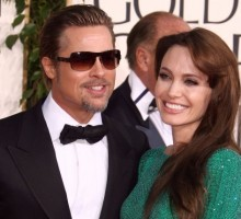 Angelina Jolie and Brad Pitt Share a PDA-Filled Golden Globes