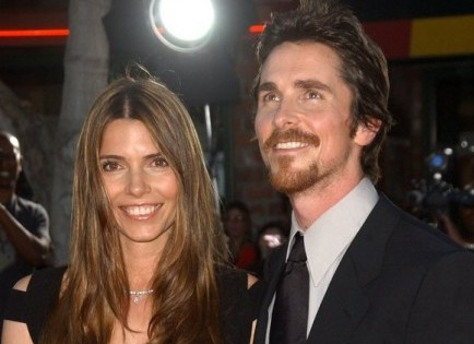 Cupid's Pulse Article: Christian Bale Gets Choked Up While Praising His Wife