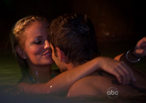 Cupid's Pulse Article: 'The Bachelor' Recap Episode 6: Hot and Heavy in The Springs
