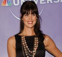 'Chuck' Star Sarah Lancaster Is Married and Pregnant