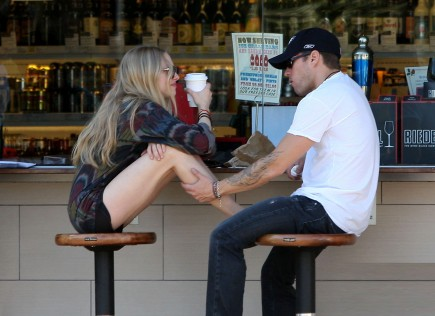 Cupid's Pulse Article: Ryan Phillippe and Amanda Seyfried Rekindle Their Romance