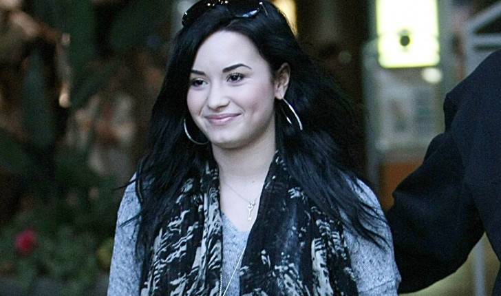 Cupid's Pulse Article: Demi Lovato Admits She Used to Be 'Afraid of Being Alone'