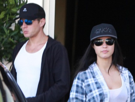 Cupid's Pulse Article: Alexis Knapp Gives Her Baby Ryan Phillippe's Last Name
