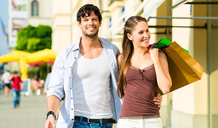 Cupid's Pulse Article: Money, Honey: 5 Fun Ways to Spend Your Tax Refund with Your Sweetheart