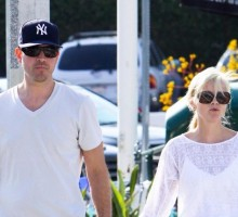 Reese Witherspoon Returns from Honeymoon With Jim Toth
