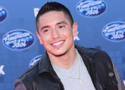 "Cupid's Pulse Article: 'Idol' Contestant Stefano Langone Is Single and ""Mingling"""