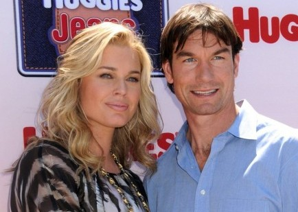 Rebecca Romijn and Jerry O'Connell. Photo: Janet Mayer / PR Photos