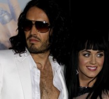 "Rumor: Katy Perry and Russell Brand Celebrate Christmas Apart After ""Massive Fight"""