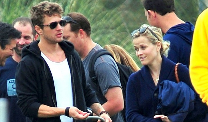 Cupid's Pulse Article: Reese Witherspoon and Ryan Phillippe Reunite for Son's Football Game