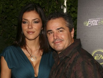 Adrianne Curry and Chris Knight. Photo: Chris Hatcher / PR Photos