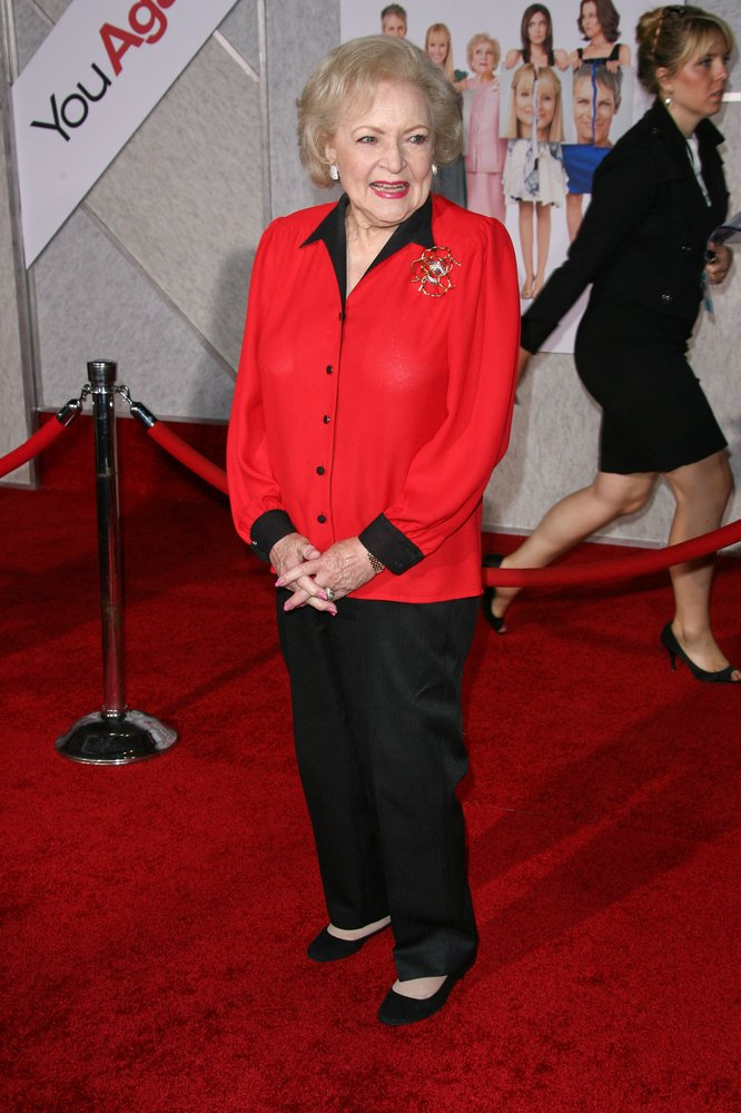 Cupid's Pulse Article: Betty White Is Asked to Marine Corps Ball