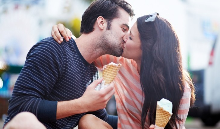 Cupid's Pulse Article: 10 Cool Summer Date Ideas to Heat Up Your Relationship