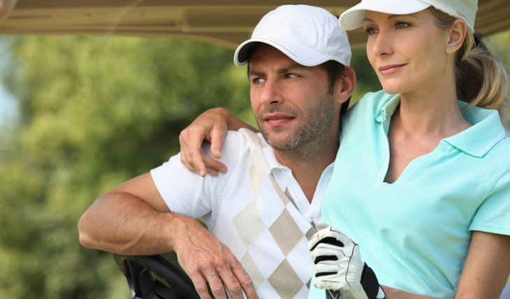Cupid's Pulse Article: Date Idea: Pucker Up While Putt-Putt Golfing