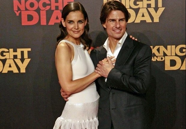 Cupid's Pulse Article: Katie Holmes Throws Tom Cruise Surprise Birthday Bash