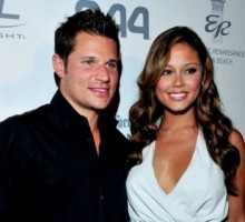 Nick Lachey Serenades Vanessa Minnillo to Apologize