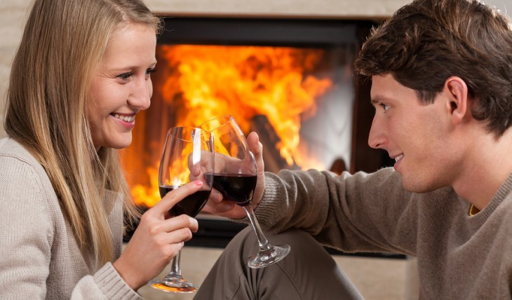 Cupid's Pulse Article: Love & Libations: Autumn Date Night Ideas Inspired by Celebrity Red Wines