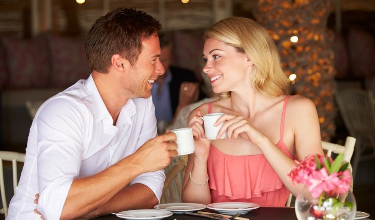 Cupid's Pulse Article: Date Idea: Indulge Your Senses at the Coffee Shop