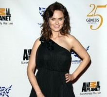 Emily Deschanel Welcomes First Child on Vegan Diet