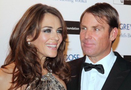 Elizabeth Hurley and Shane Warne. Photo: Landmark / PR Photos