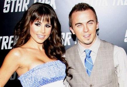 Cupid's Pulse Article: Frankie Muniz Is Engaged to Longtime Girlfriend