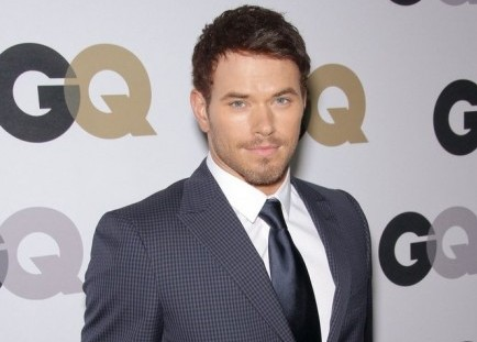 Cupid's Pulse Article: Kellan Lutz Says Past Girlfriends Have Made the First Moves