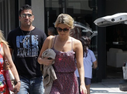 Ali Fedotowsky and Roberto Martinez.  Photo: PER/Fame Pictures