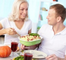 Dating Advice for Your First Thanksgiving as a Couple