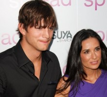 Ashton Kutcher and Demi Moore Have Pre-Golden Globes Run-In