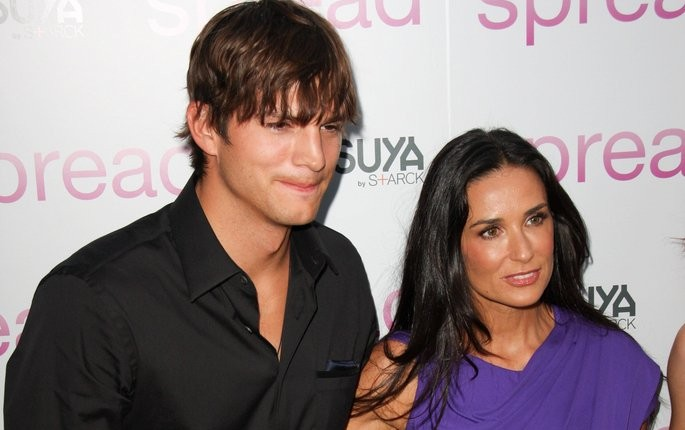 Cupid's Pulse Article: Ashton Kutcher and Demi Moore Have Pre-Golden Globes Run-In