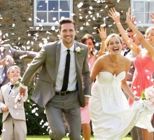 Budget-Friendly Tips for Holiday Weddings