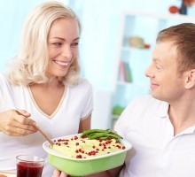 Don't Let Holiday Food Dictate How You Eat