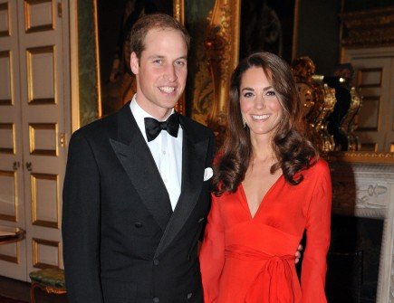 Cupid's Pulse Article: Prince William and Kate Middleton Practice Balcony Kiss