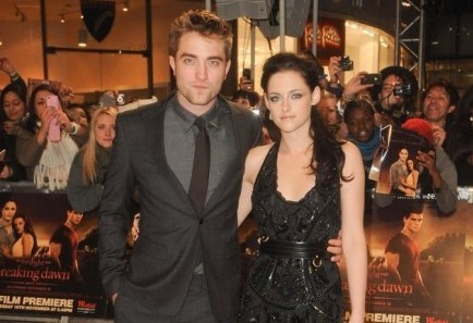 Robert Pattinson and Kristen Stewart. Photo: Solarpix / PR Photos