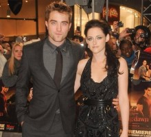 Kristen Stewart and Rob Pattinson Reunite in Los Angeles
